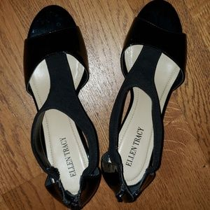 Ellen Tracy black pantent dress sandals